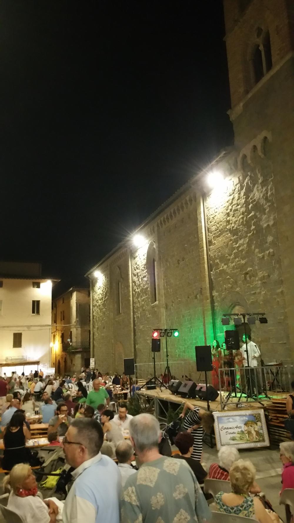 In Piazza Sotto le Stelle - Deruta