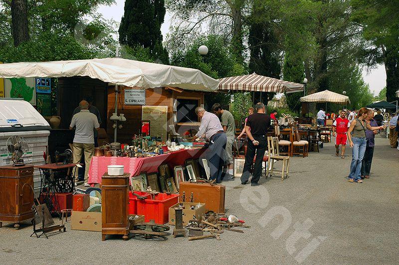 Mercato dell'Antiquariato, dell'Usato e del Collezionismo - Pissignano