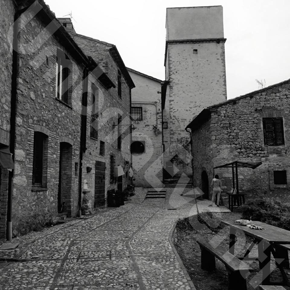 San Rocco da Montpellier Angolo della Fregnaccia - Guadamello centro storico bianco e nero